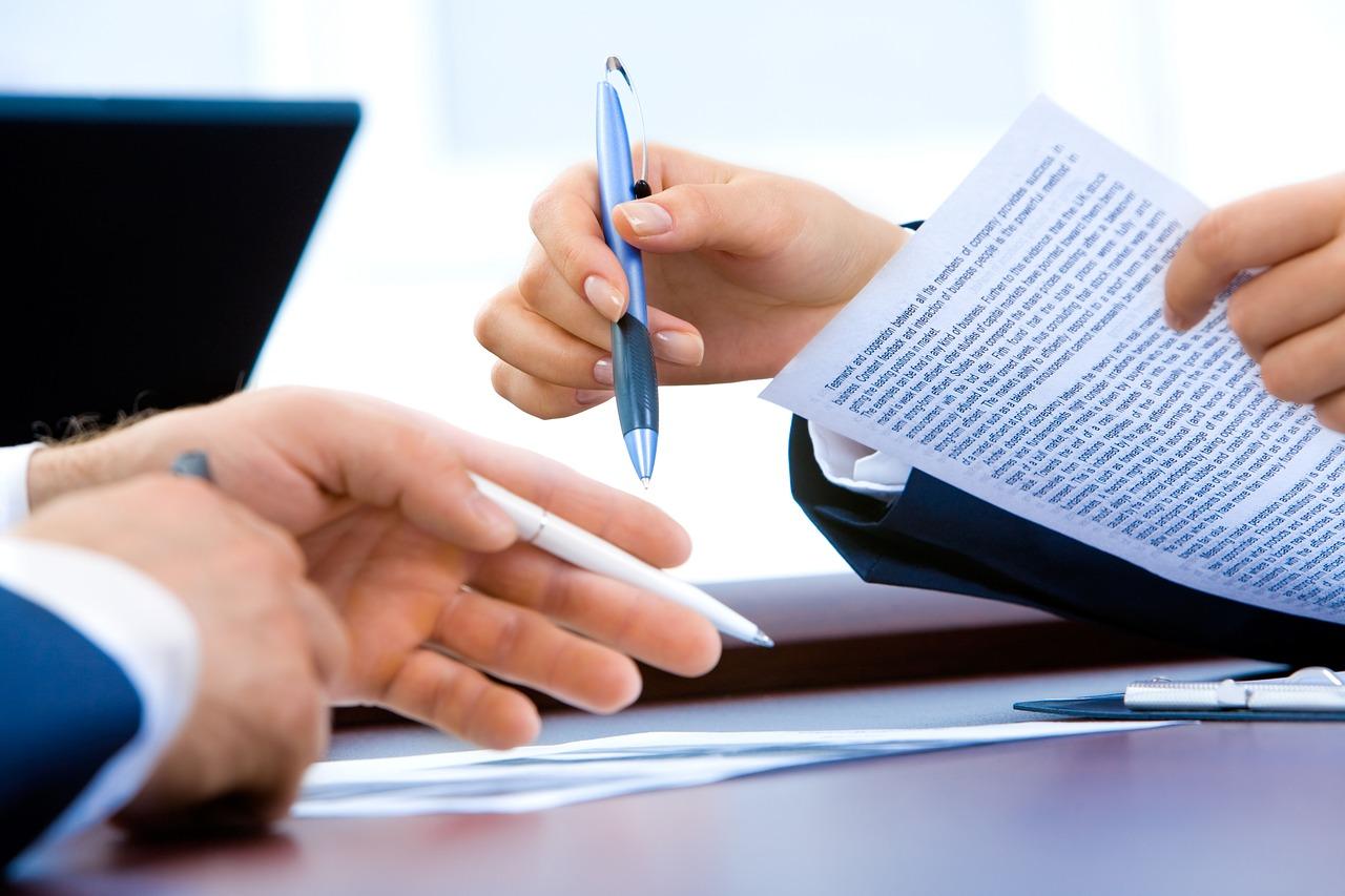 Dokumenty techniczne – jak przetłumaczyć?