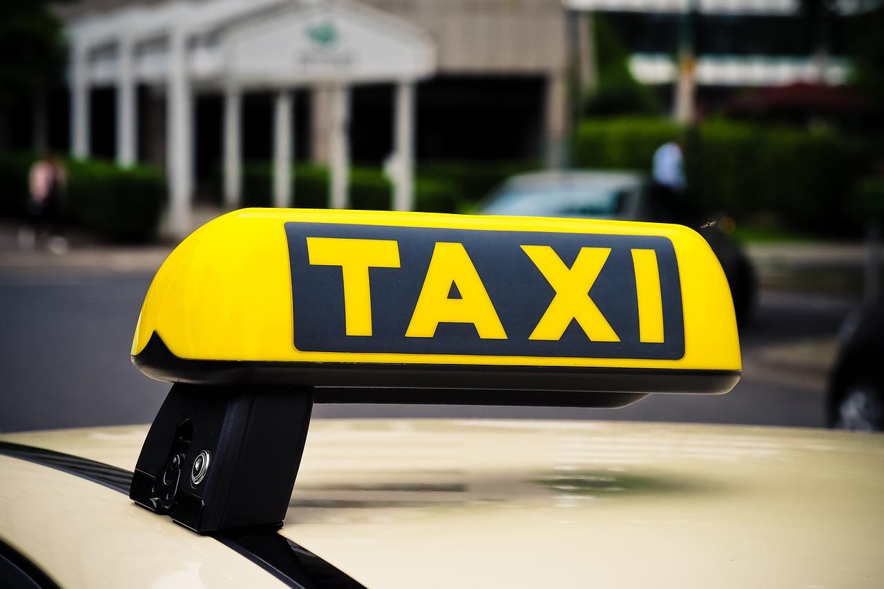 Klik i gotowe-prosty sposób na zamówienie przyjazdu taxi