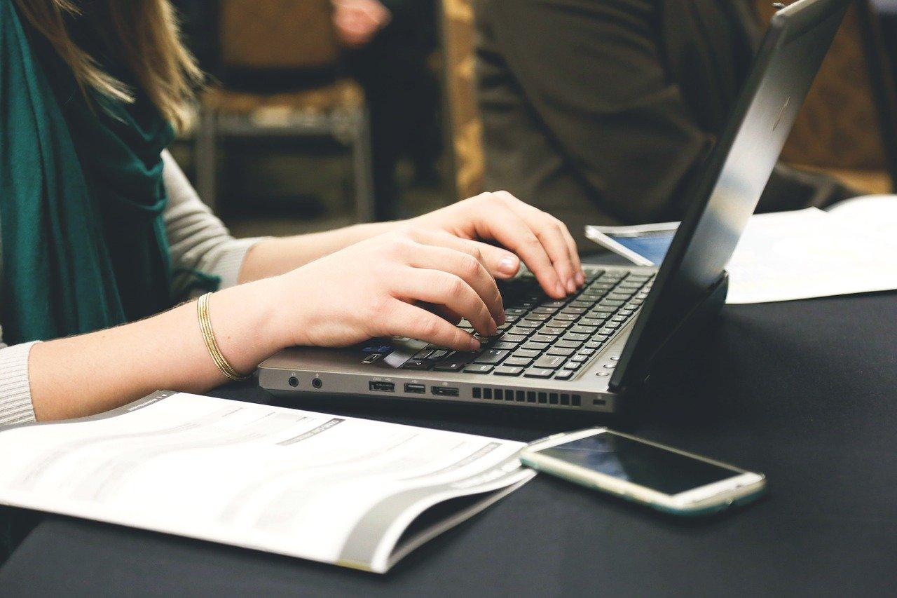Czy za korzystanie z portali z ogłoszeniami należy płacić?